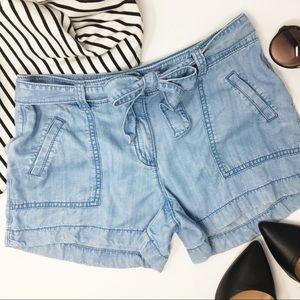 LOFT chambray belted shorts size 0